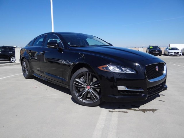 New 2018 Jaguar XJ Supercharged